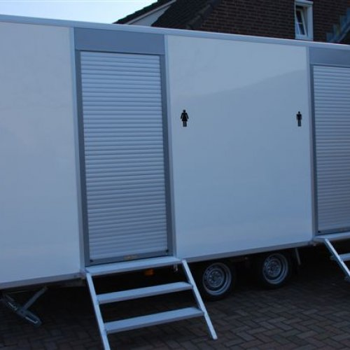 Product Toiletwagen 3 x dames toilet, 1 x heren toilet & 3 urinoirs
